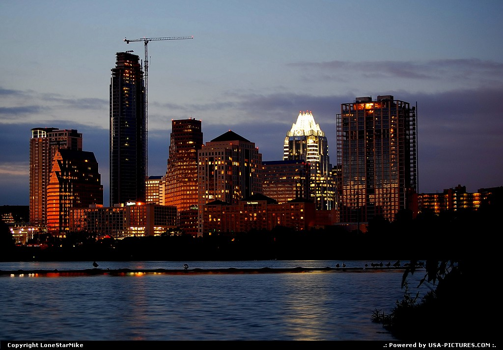 Picture by LoneStarMike:AustinTexasAustin