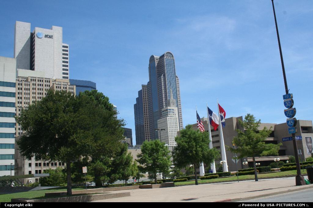 Picture by elki:DallasTexasat&t dallas