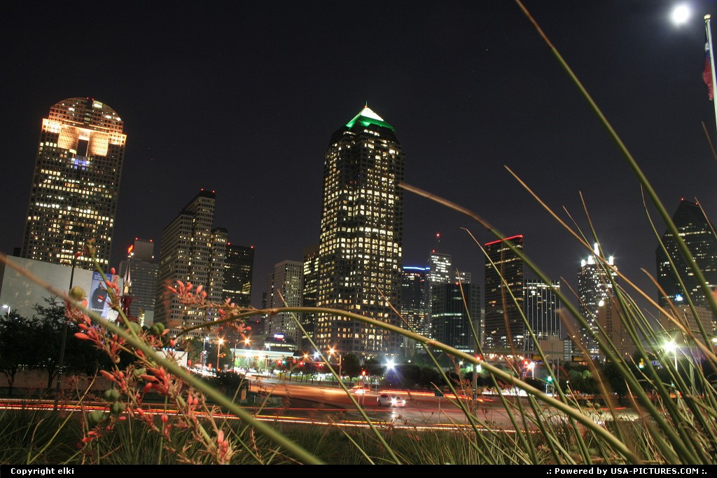 Picture by elki: Dallas Texas   dallas by night