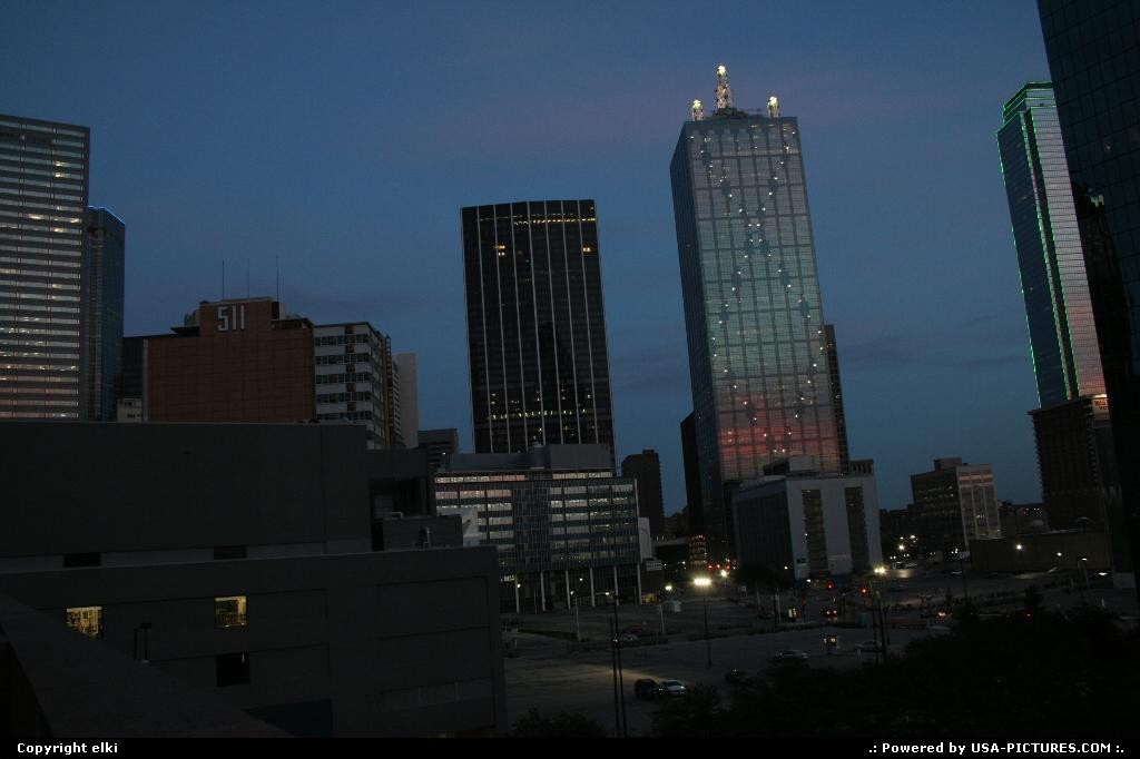 Picture by elki:DallasTexasDallas downtown at sunset