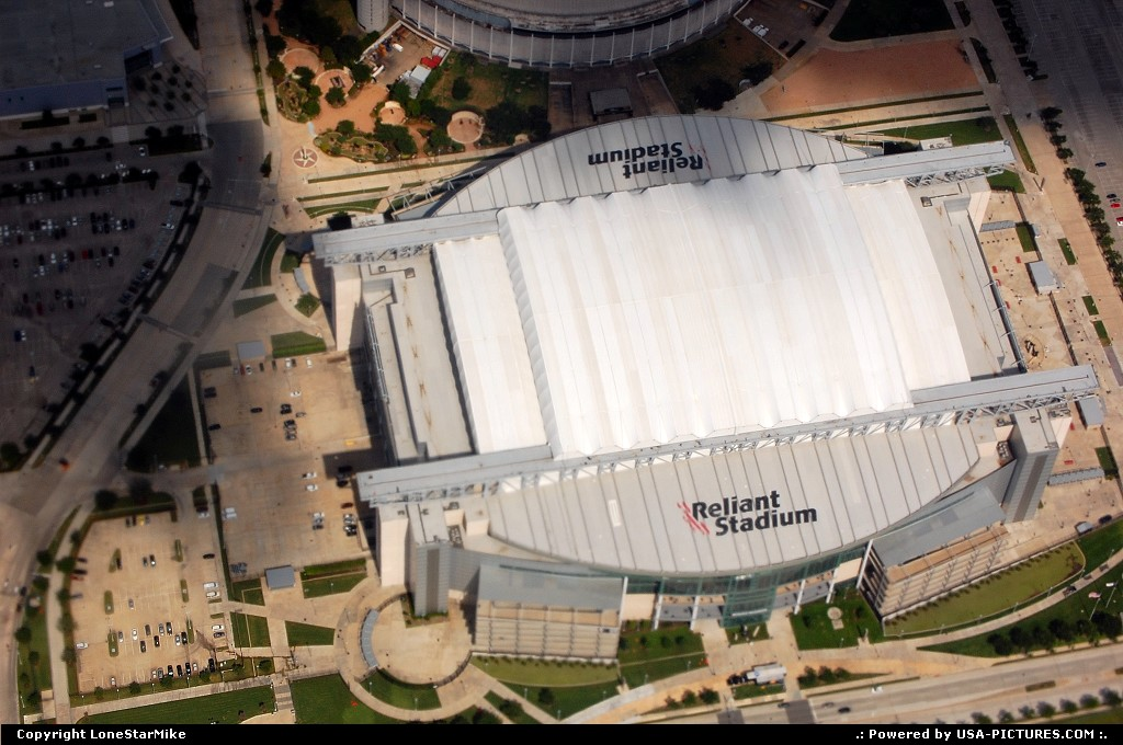 Picture by LoneStarMike: Houston Texas   stadium, aerial