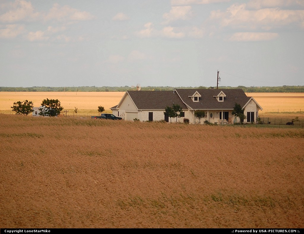 Picture by LoneStarMike: Not in a City Texas   farm, house,