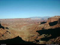 Photo by elki |  Canyonlands canyon