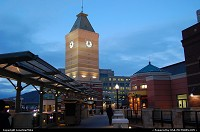 Salt Lake City : Clock Tower in Gateway Shopping Center - downtown Salt Lake City