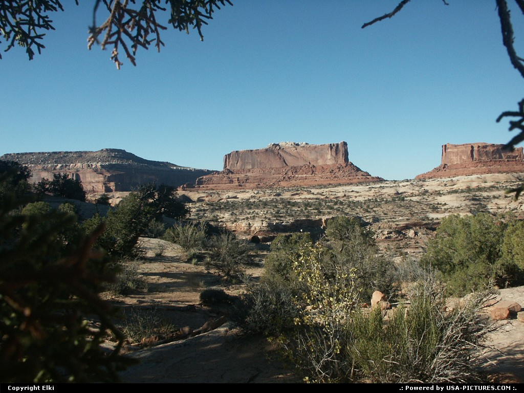 Picture by elki:  Utah Canyonlands  Far west, wilderness