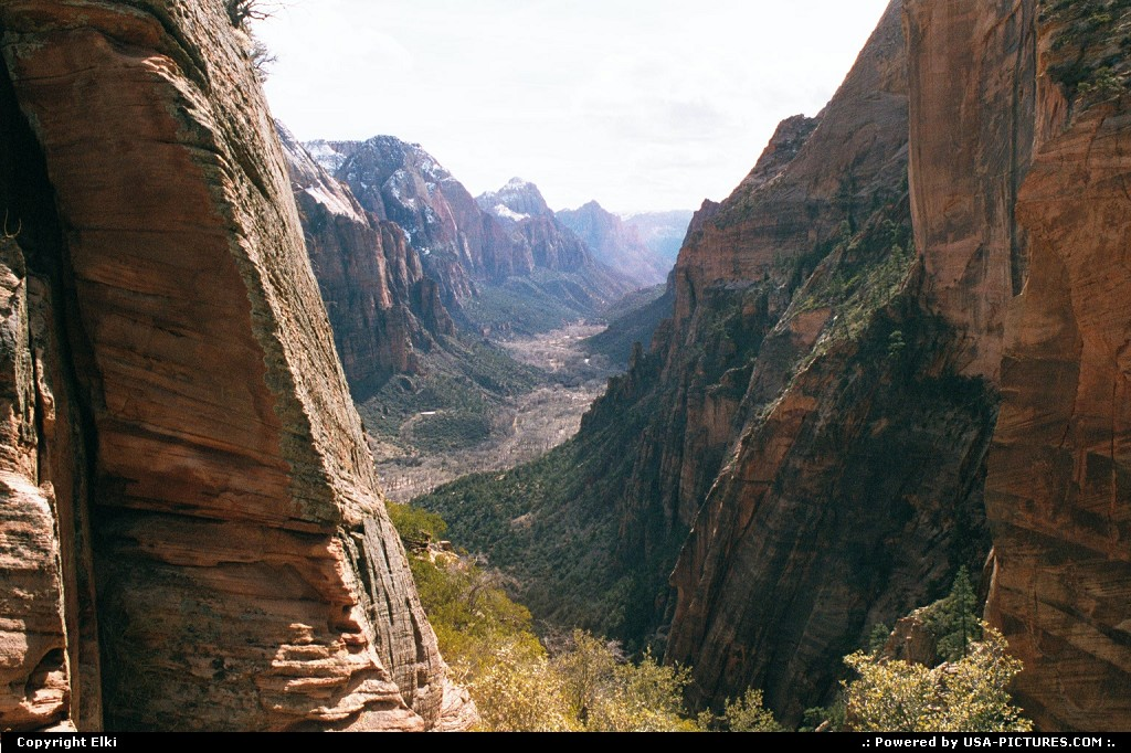 Picture by elki:  Utah Zion  hike, hiking