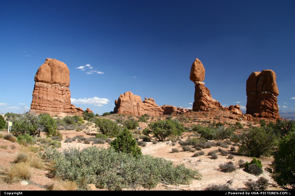 Picture by airtrainer:  Utah Arches Balanced Rock