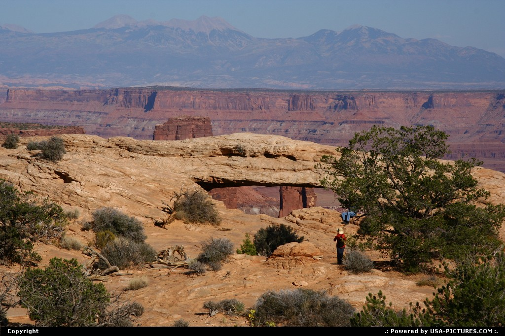 Picture by airtrainer:UtahCanyonlandsmesa arch, canyonlands