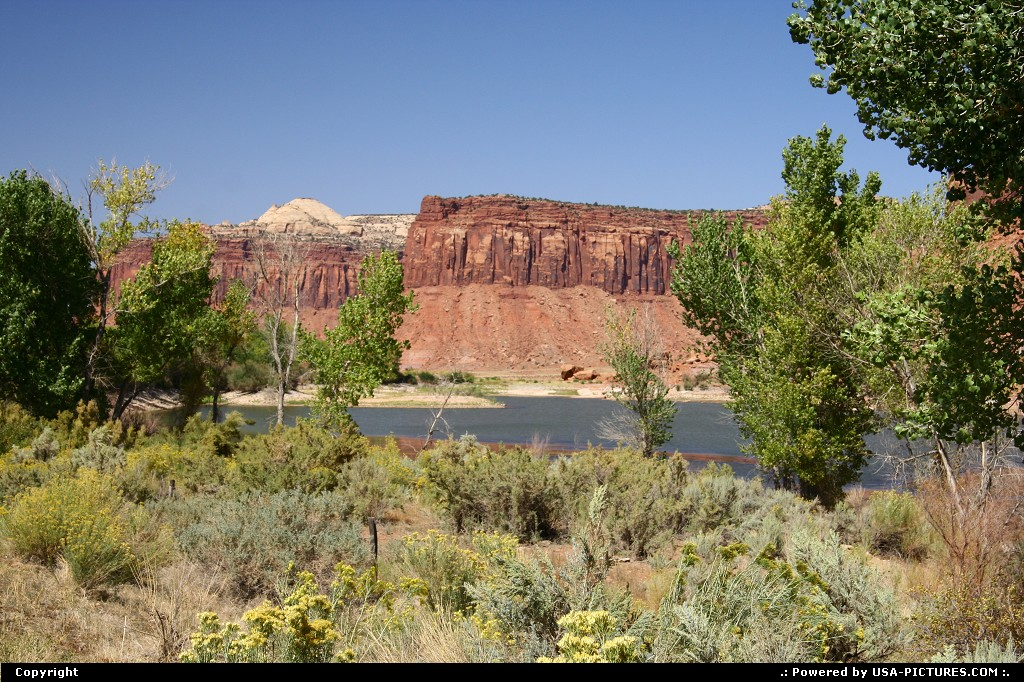 Picture by airtrainer:  Utah Canyonlands