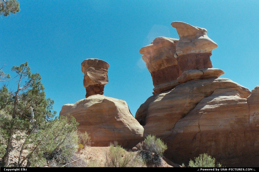 Picture by elki: Escalante Utah   arche, rock