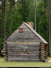 Photo by McMaggie | Williamsburg  historic building, cabin, homestead, log cabin, Jackson House, Freedom Park, free black settlement, James City County, Williamsburg, Virginia, black history