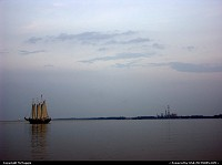 Yorktown : Sailing ship Alliance off Yorktown beach, Virginia.
