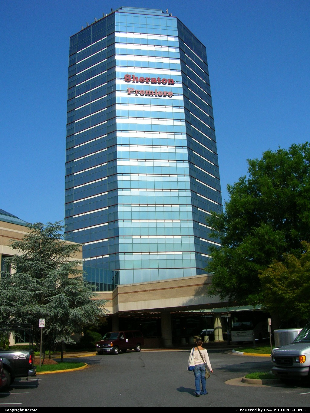 Picture by Bernie: Mc Lean Virginia   hotel, tower