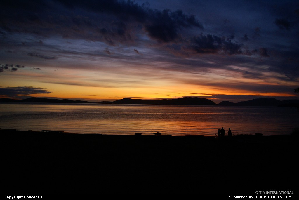 Picture by tiascapes:AnacortesWashingtonsunset, silhouette, sky, beach, park