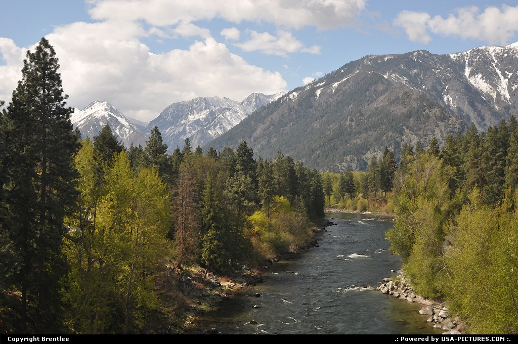 Picture by Brentlee: Leavenworth Washington   mountains