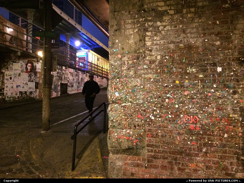 Picture by elki: Seattle Washington   post alley, gum wall