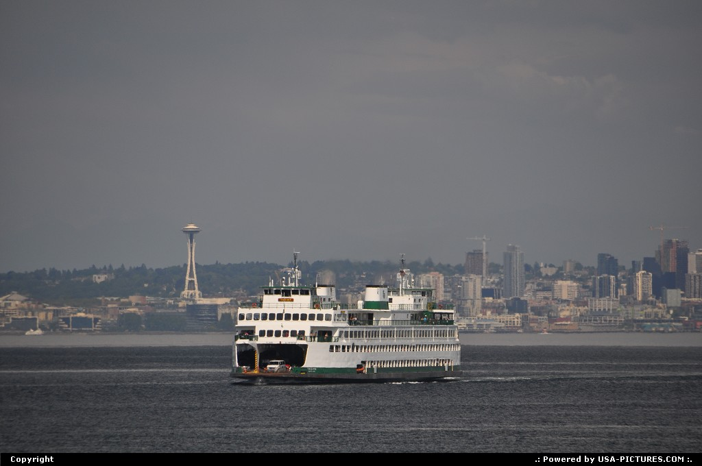 Picture by WestCoastSpirit: Seattle Washington   ferry, sea, space needle