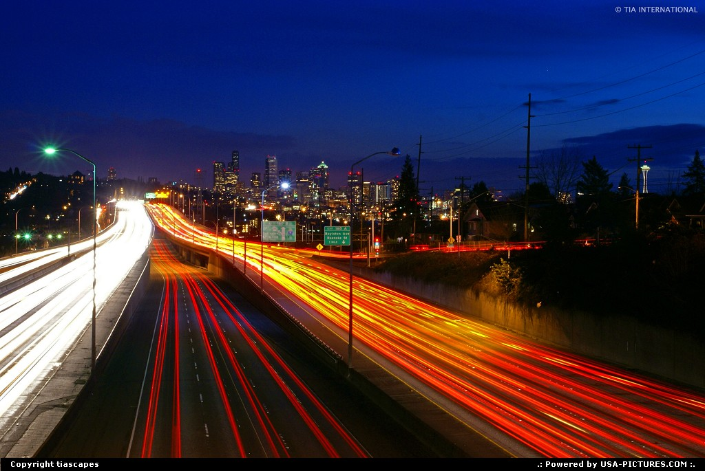 Picture by tiascapes: Seattle Washington   Seattle, highway, interstate, light trails, light streams