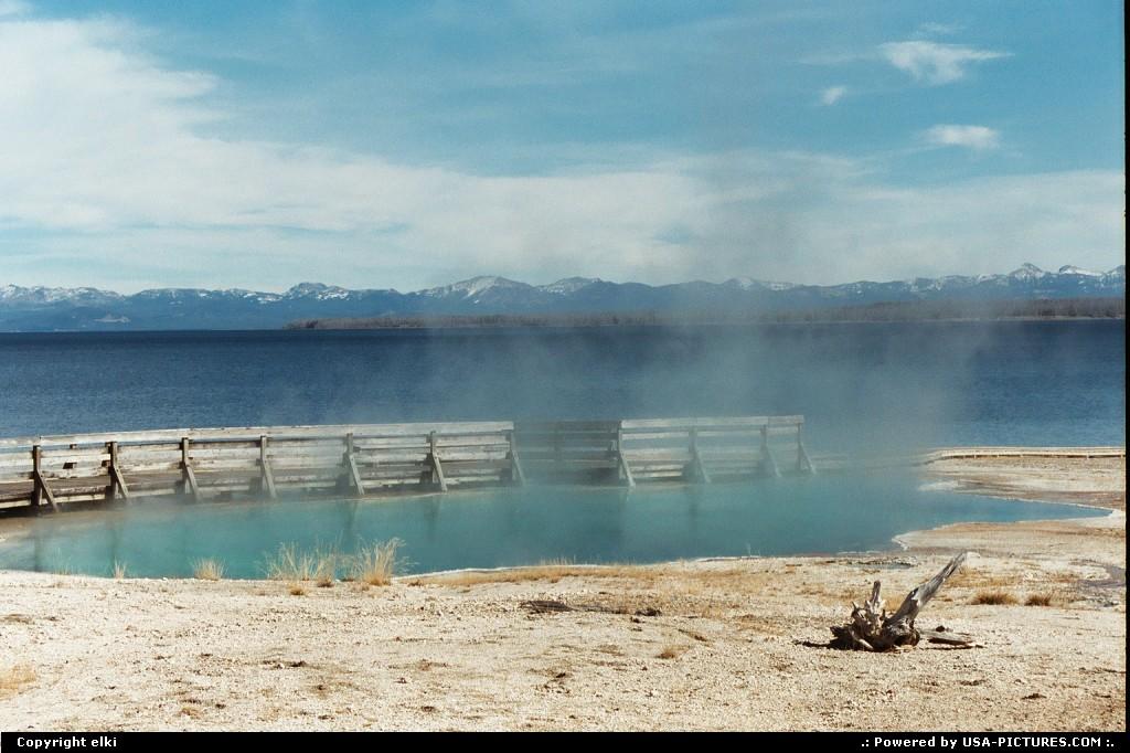 Picture by elki:WyomingYellowstoneyellowstone