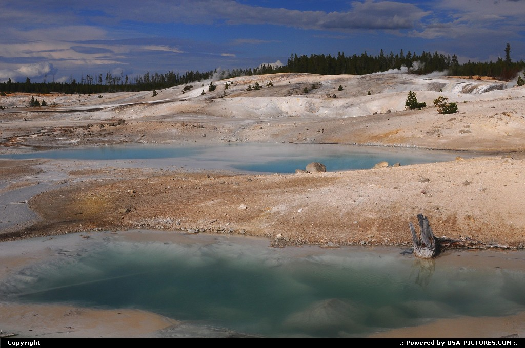 Picture by Parmeland: Not in a City Wyoming Yellowstone