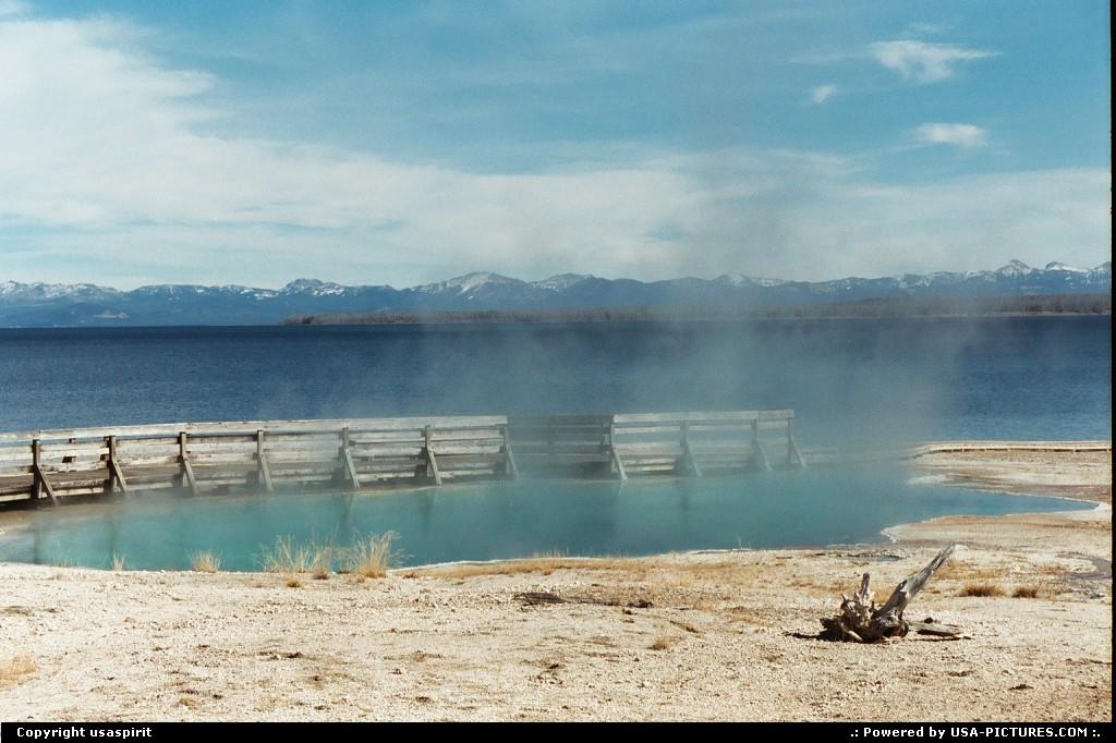Picture by usaspirit:WyomingYellowstonebassin
