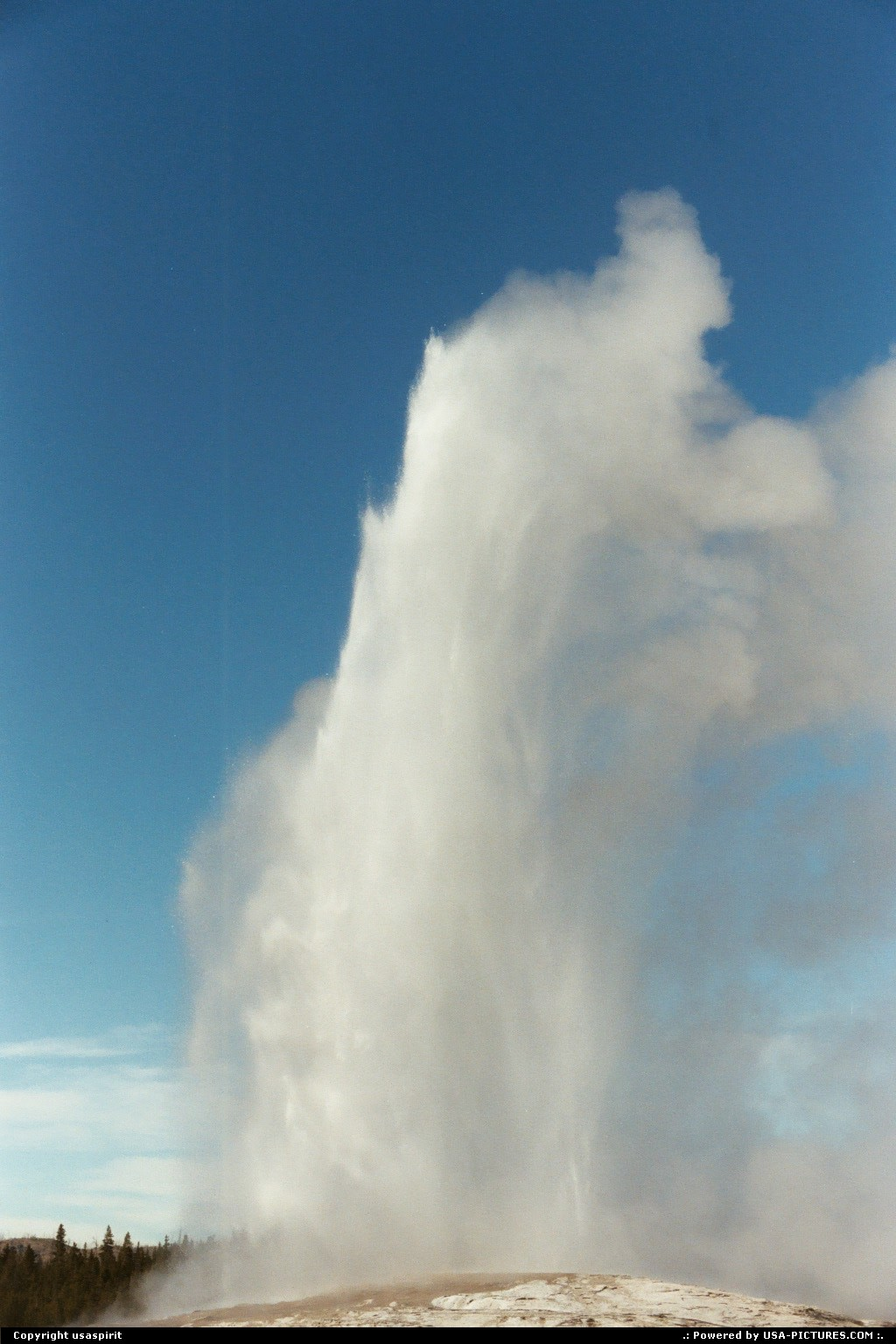 Picture by usaspirit:  Wyoming Yellowstone Old Faithful  Yellowstone, Old Faithful